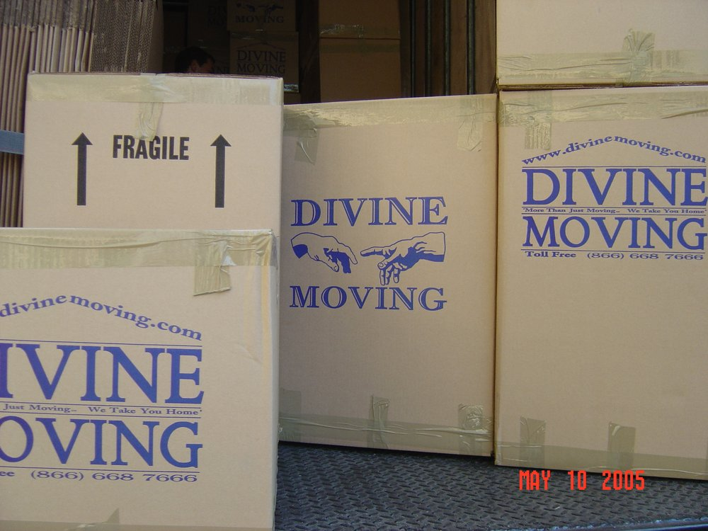 Divine Moving and Storage NYC _ Storage Manhattan.jpg